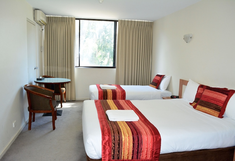 City Park Hotel, South Melbourne, Standard Twin Room, Guest Room