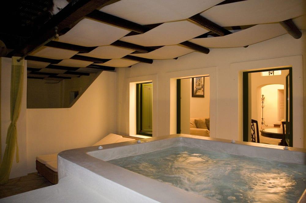 Deluxe suite, 1 slaapkamer, Aan zee (Outdoor Jetted Tub, Caldera View) - Balkon