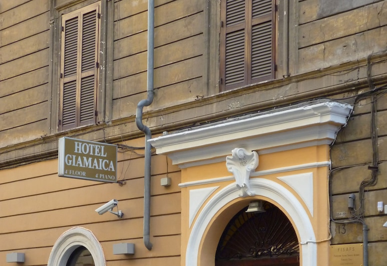 Hotel Giamaica for Girls & Ladies Only, Rome