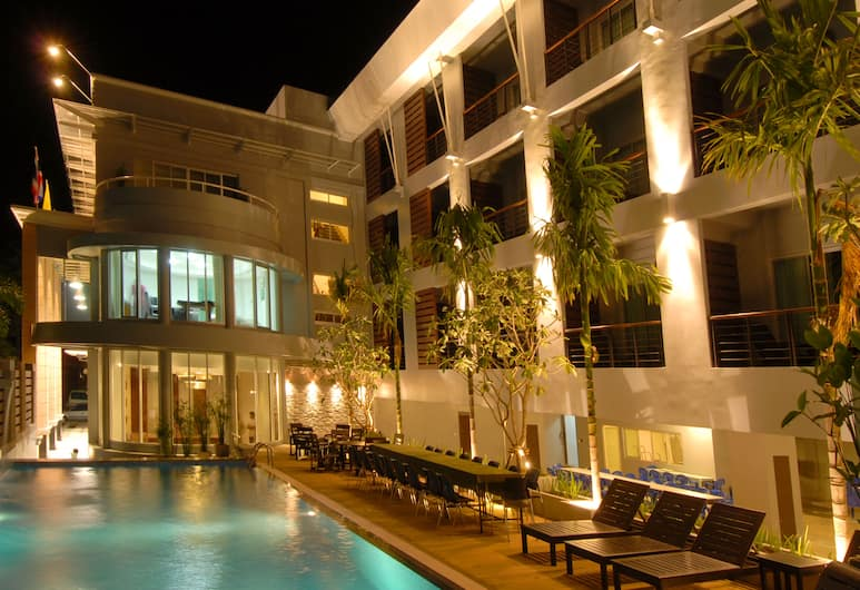 蘇萬塔維旅舍, 普吉島, 室外游泳池