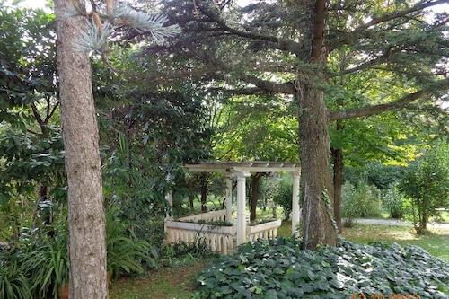 花園酒店/