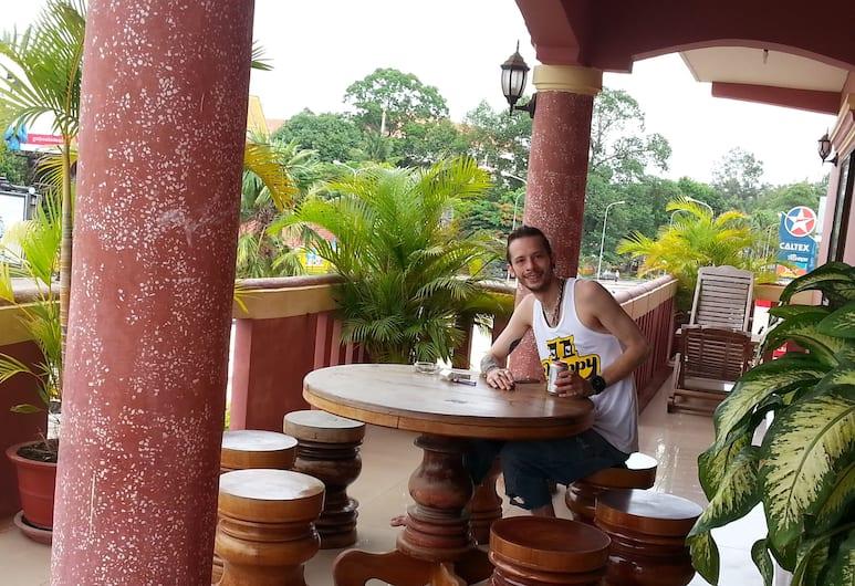 Ta Som Guesthouse & Tour Services, Siem Reap, Terrace/Patio