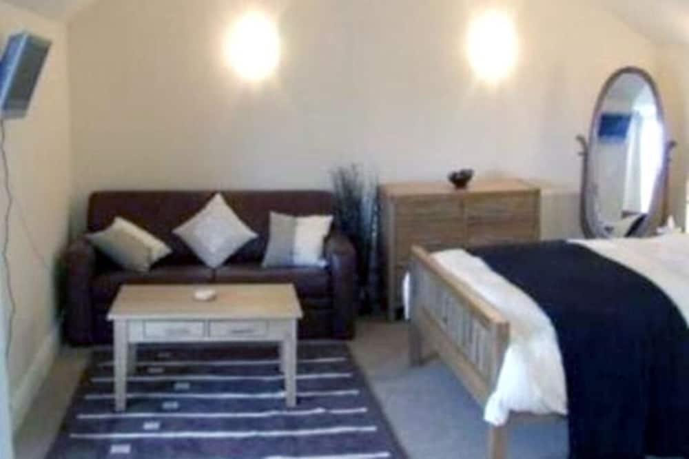 Standard szoba kétszemélyes ággyal, fürdőszobával, kilátással a kikötőre - Vendégszoba
