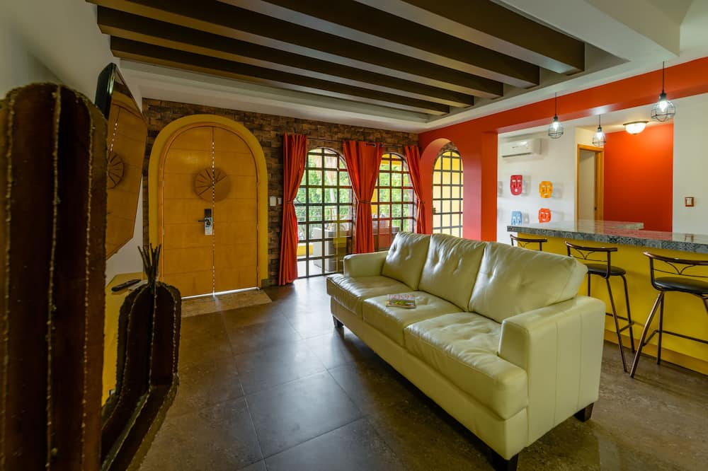 Master Suite - Obývací pokoj