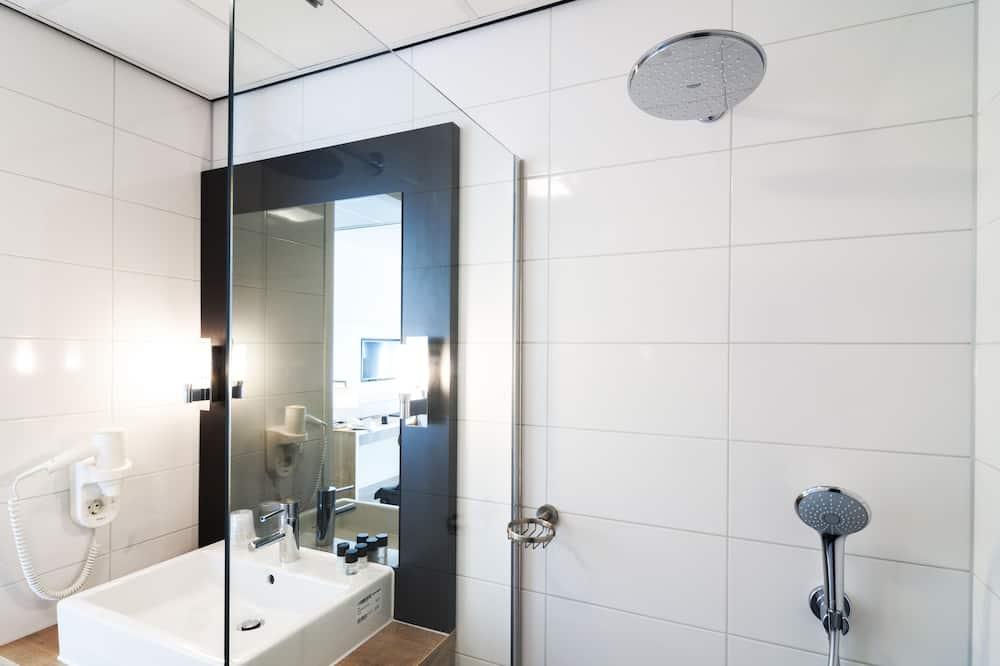 Pokoj typu Deluxe, 2 jednolůžka, nekuřácký - Koupelna
