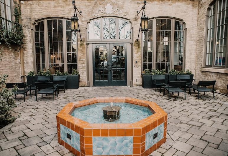 Hotel Petaluma, Ascend Hotel Collection, Petaluma, Courtyard