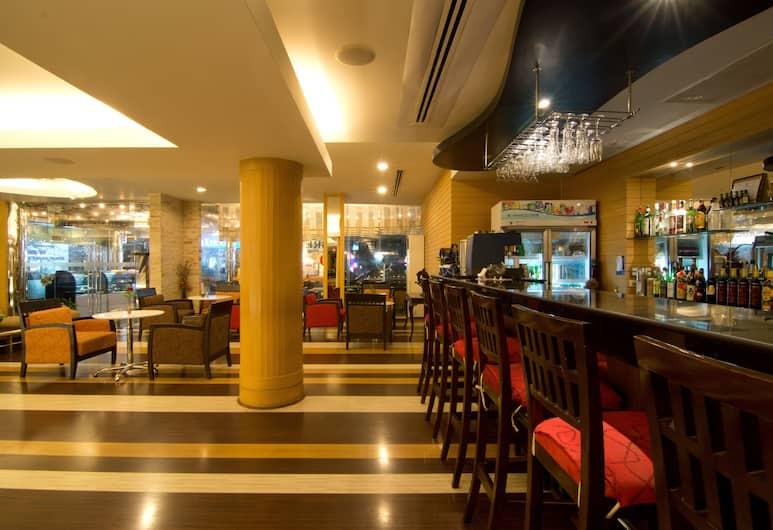 Fortuna Hotel, Bangkok, Hotel Bar