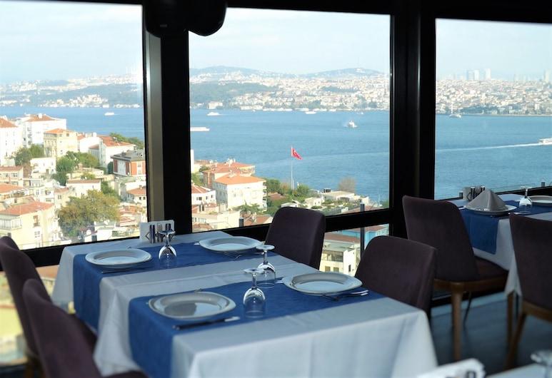 Cihangir Hotel, Istanbul, Hiên