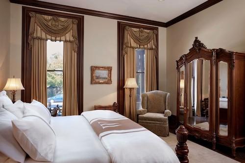 惠勒大廈酒店/