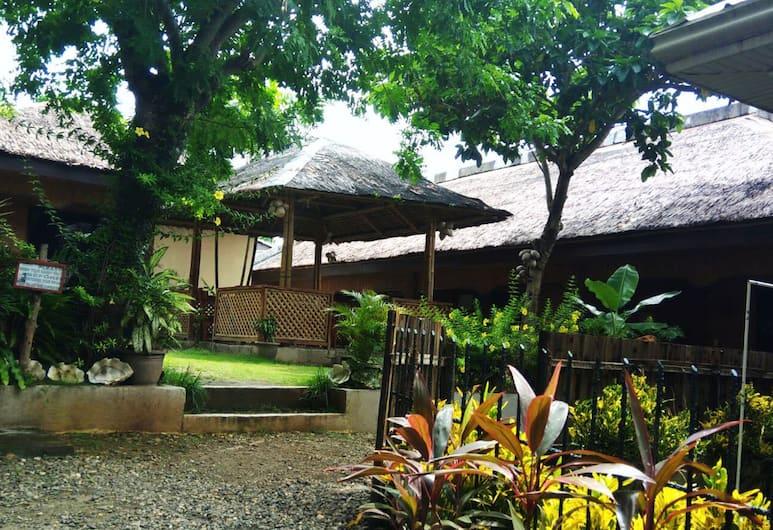 Boracay Actopia Resort, Boracay Island, Garden