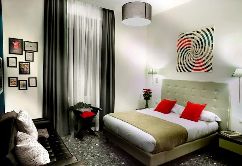 艾瑟納多立酒店, 羅馬