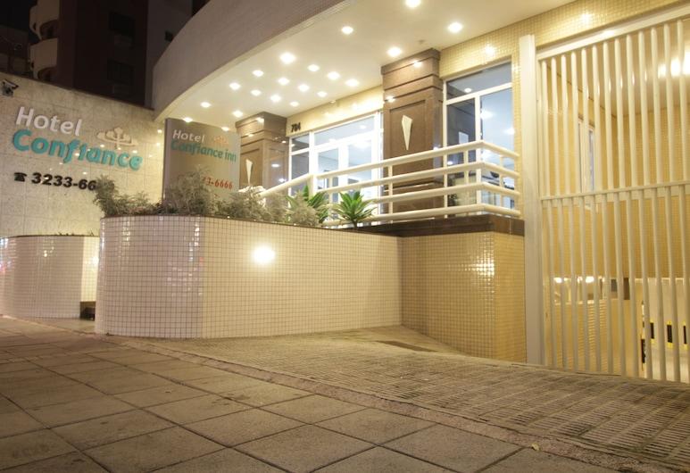 Hotel Confiance Soho Batel, Curitiba
