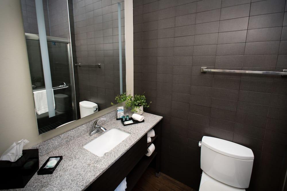 Chambre Deluxe, 1 très grand lit, non-fumeurs - Salle de bain