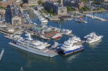 Obrázek hotelu Boston Yacht Haven Inn & Marina ve městě Boston