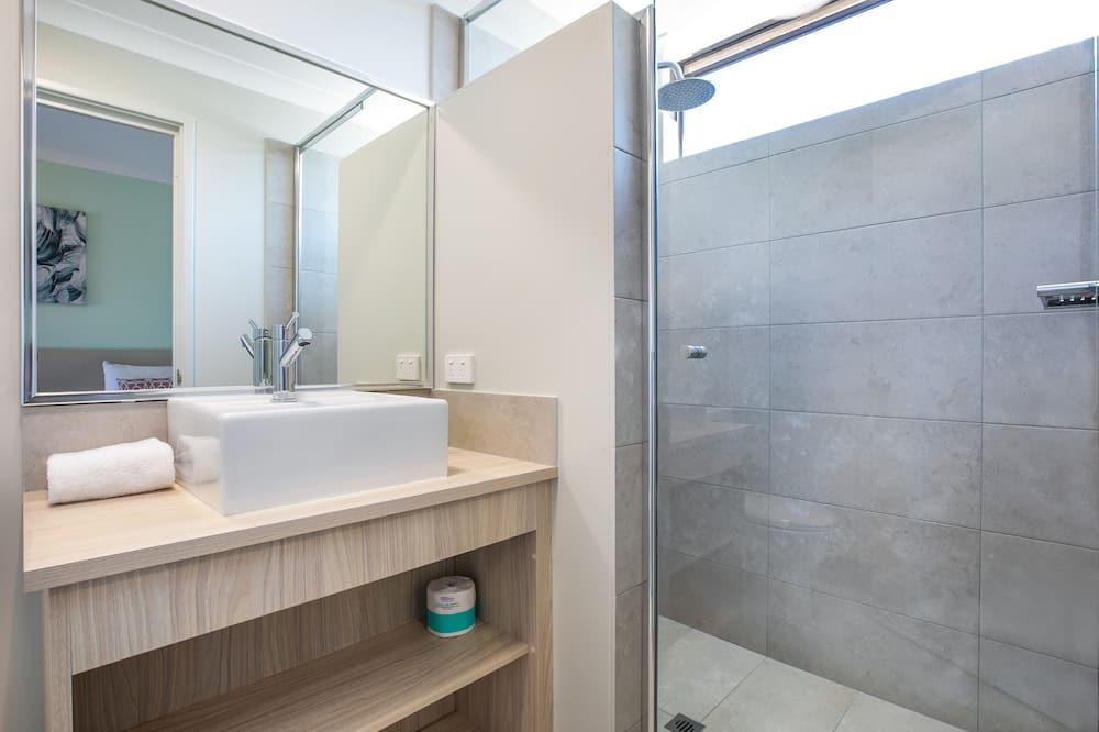 Studio (Queen & Single) - Salle de bain