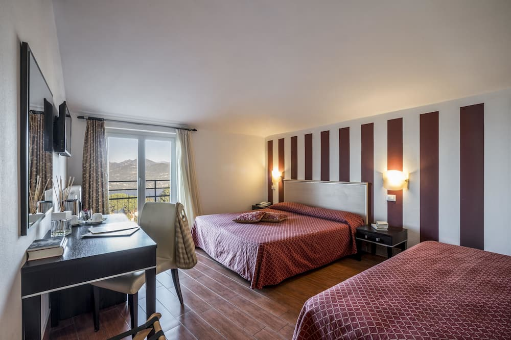 Panoramic Double or Twin Room, 1 Double or 2 Twin Beds, Lake View (Panorama) - Lake View