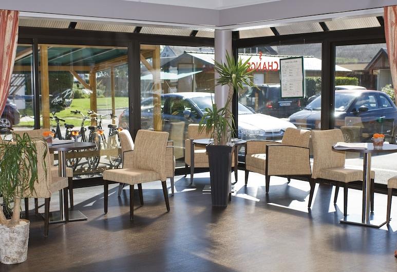 Hôtel Vert, Pontorson, Lobby Sitting Area