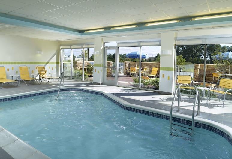 法耶特維爾北萬豪費爾菲爾德套房酒店, 費頁特維, 室內泳池