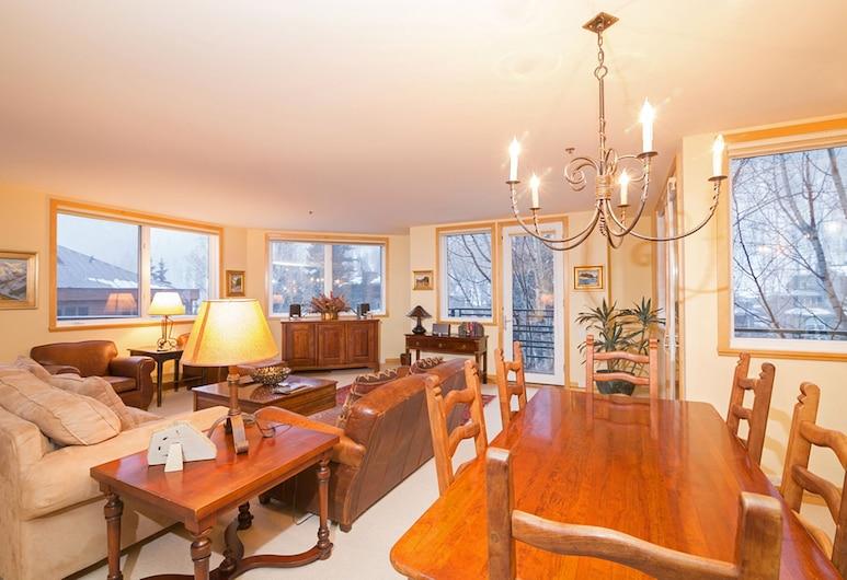 Ice House Suites and Condominiums, Telluride, Augšstāva numurs, divas guļamistabas, divas vannasistabas, Dzīvojamā zona
