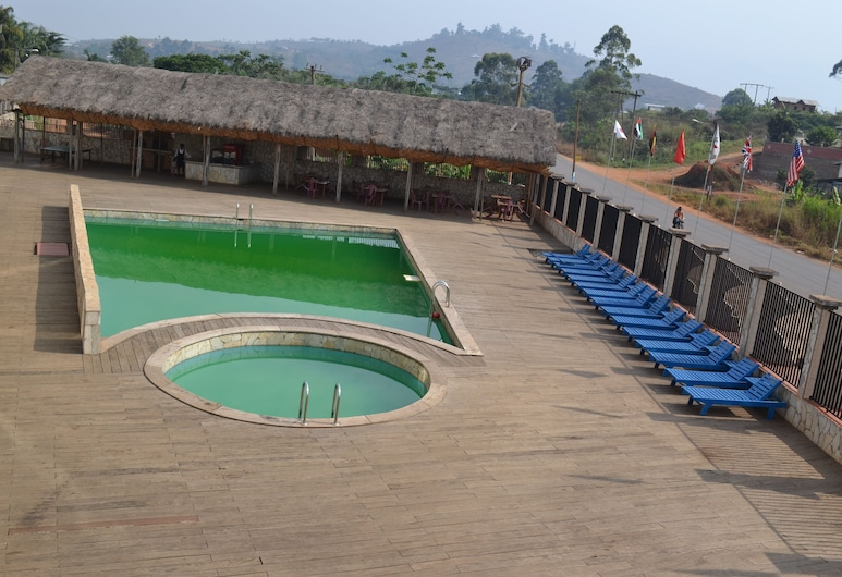 Mawa Hotel, Bamenda, Kolam Terbuka