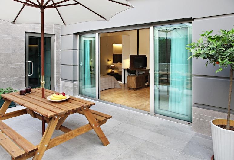 Apartman Istanbul, Istanbúl, Studio with Garden View, Verönd/bakgarður