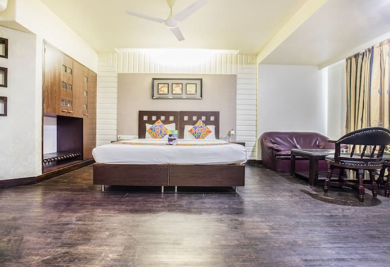 Fabhotel Savoy Suites Mumbai Airport, Mumbai, Suite, Guest Room