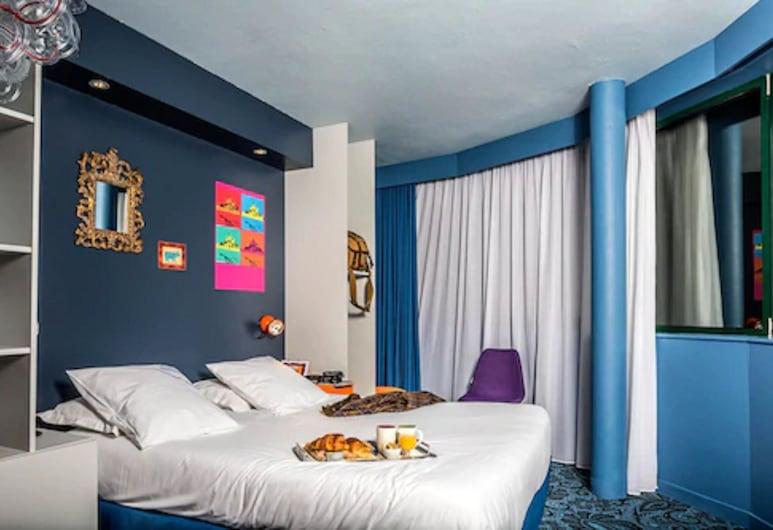 Hôtel Gabriel, Le Mont-Saint-Michel, Triple Room, Guest Room