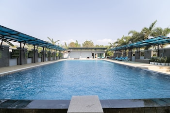 Picture of OYO 829 Royal Thai Residence in Pattaya