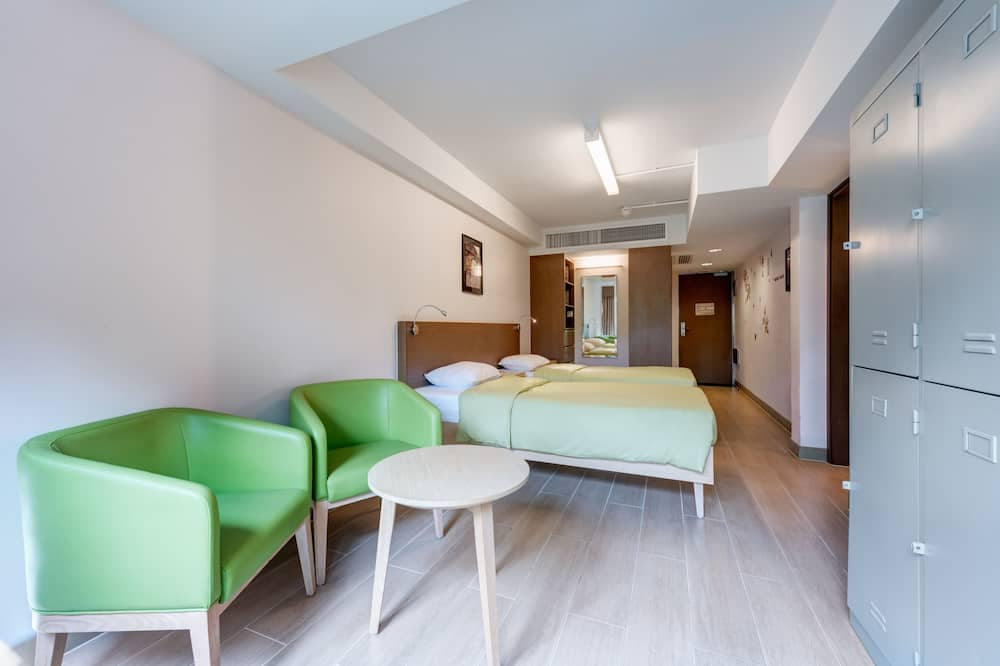 1 Bed in 4-Bed Male Dormitory Room - Living Area