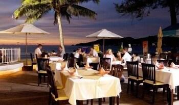 Picture of Safari Beach Hotel in Patong