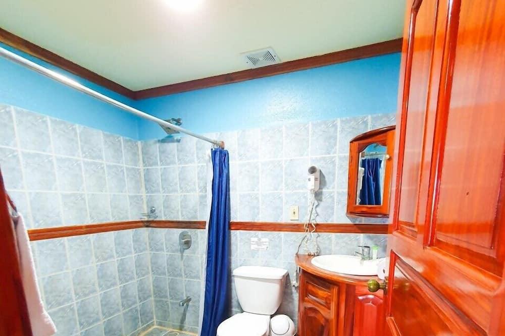 Suite, 2 Queen Beds - Badeværelse