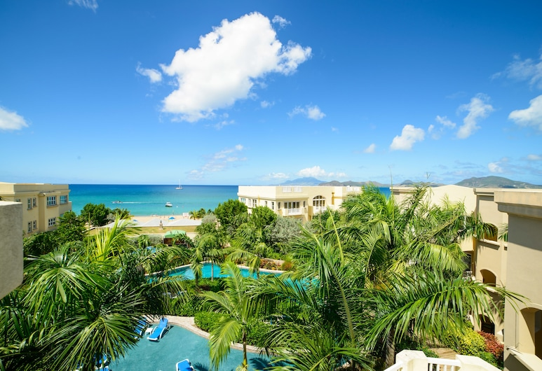 The Hamilton Beach Villas & Spa, Коттон Граунд, Пляж