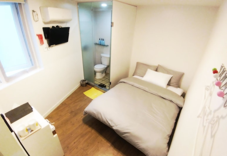 Myeong Dong K-Stay Guest House 1st, Seoul, Standard Double Room, Guest Room