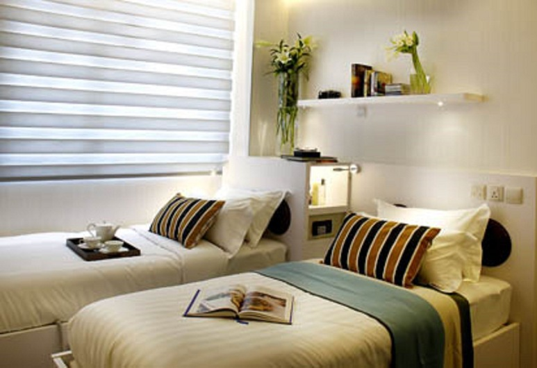 Hotel Kai, Singapore, Urban Premier, 2 Single Beds, Guest Room