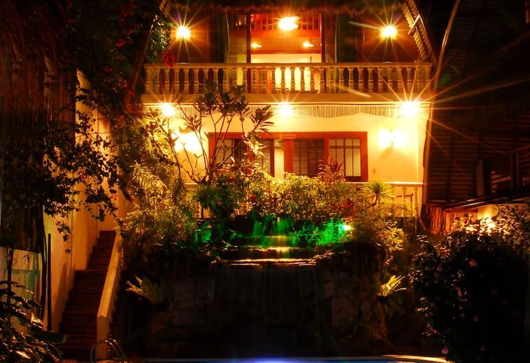 ザ シティオ ボラカイ ヴィラズ アンド スイーツ, Boracay Island, 屋外プール