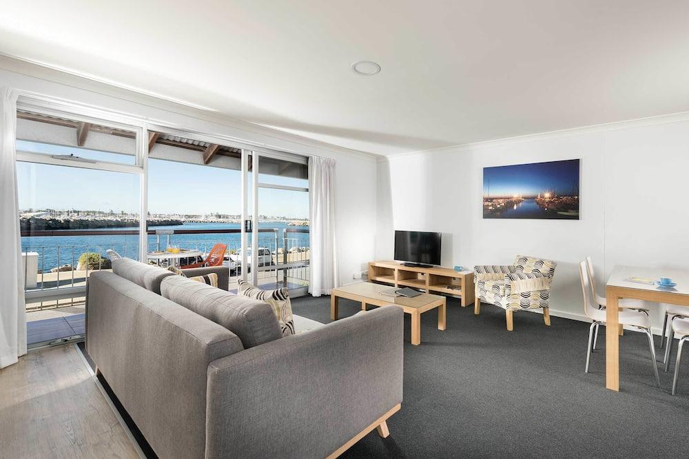 Appartement, 1 chambre, vue partielle sur l'océan - Photo principale