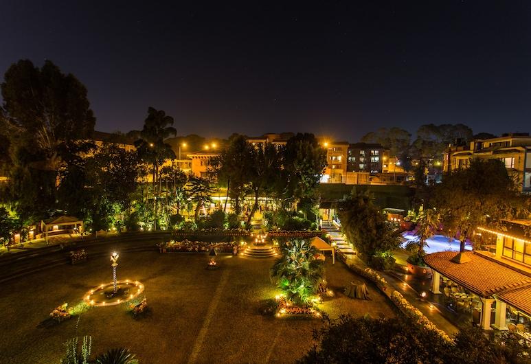 シャングリ ラ ホテル, カトマンズ, 庭園