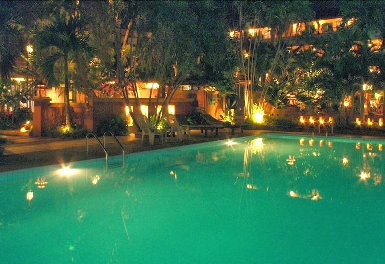 Riviera Resort Pattaya, Pattaya, Hồ bơi ngoài trời