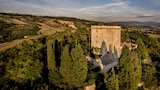 Choose This Cheap Hotel in Todi