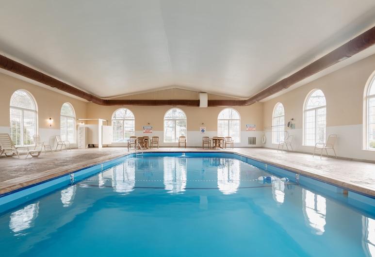 馬車廣場卡皮塔爾假日飯店, 布蘭森, 室內游泳池
