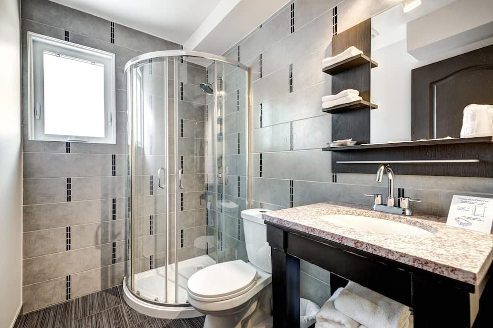 Standardní pokoj, 3 jednolůžka - Koupelna