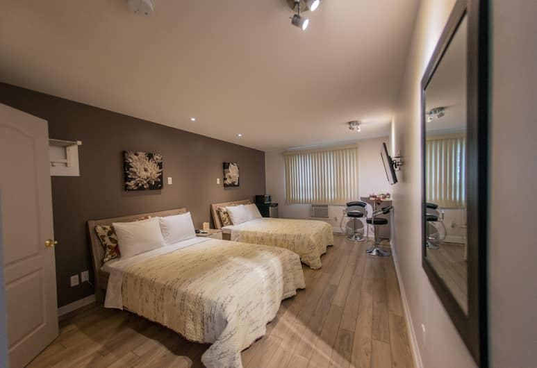 Auberge St.Jacques, Montreal, Standard Room, 2 Double Beds, Non Smoking, Guest Room