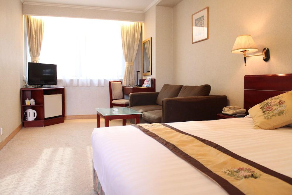 West Hotel, Kowloon