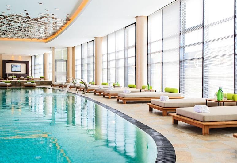 Renaissance Minsk Hotel, Minsk, Indoor Pool