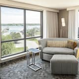 Room, 1 King Bed, Non Smoking - Water view