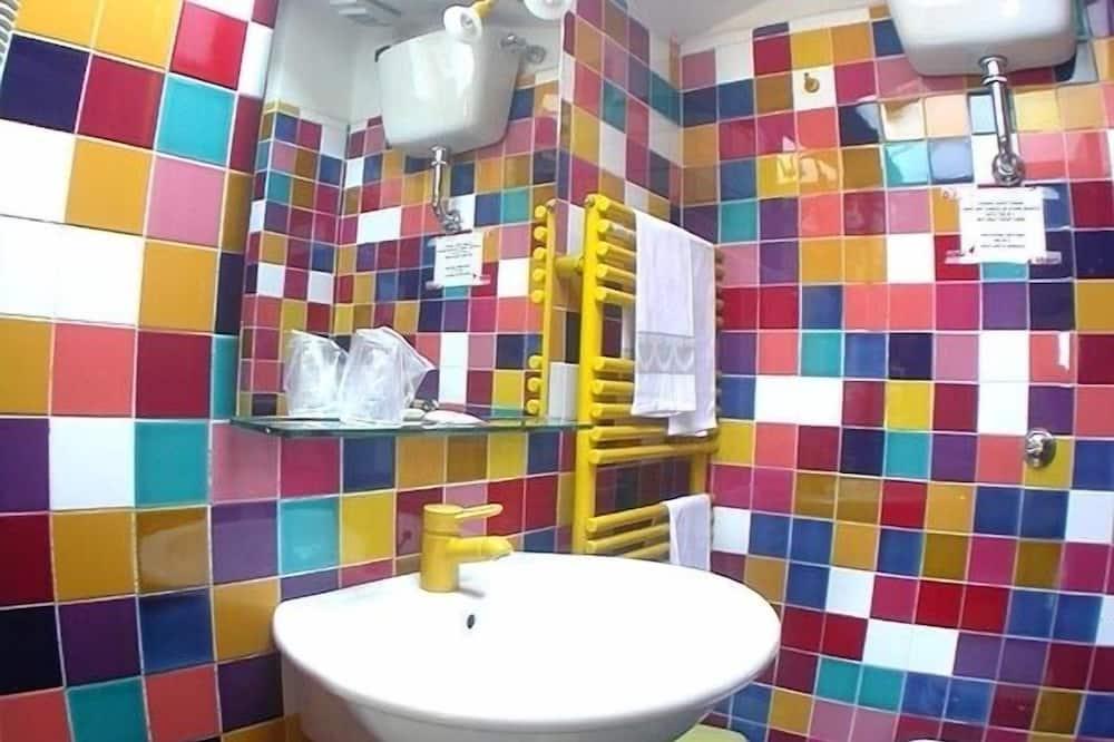 Двухместный номер с 1 двуспальной кроватью - Ванная комната
