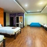 Hostel 604 Dormitory (Shared Room) - Living Area