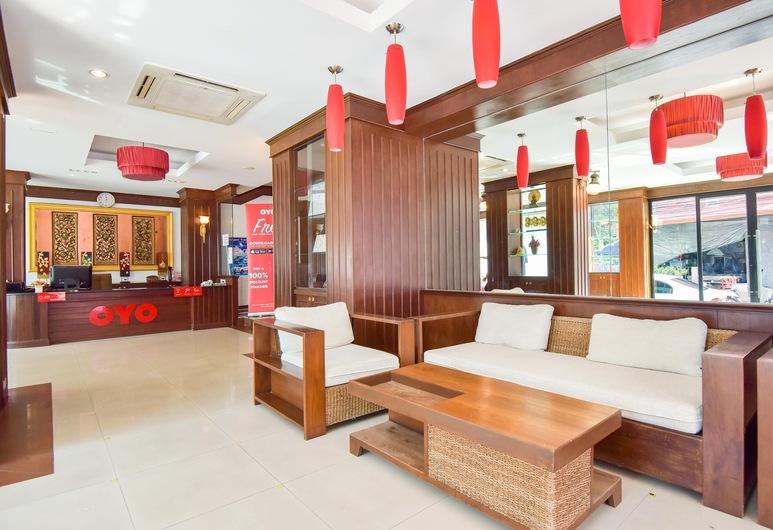 OYO 389 Sira Boutique Residence, Patong, Recepcia