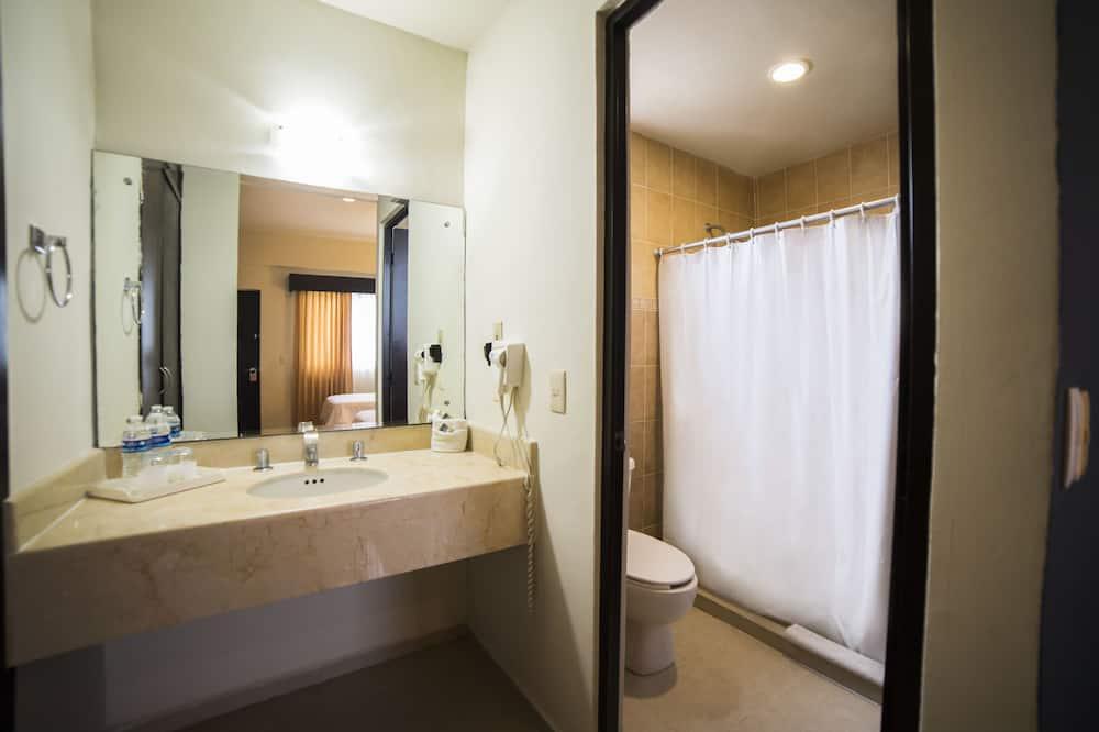 ห้องสแตนดาร์ดดับเบิล - อ่างล้างมือ