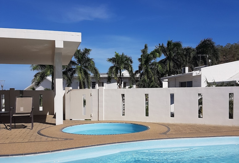 Lamana Hotel, Port Moresby, Pool
